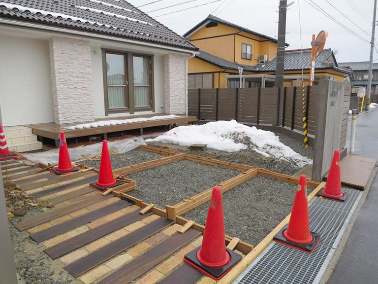 庭、土間コンクリートの工事