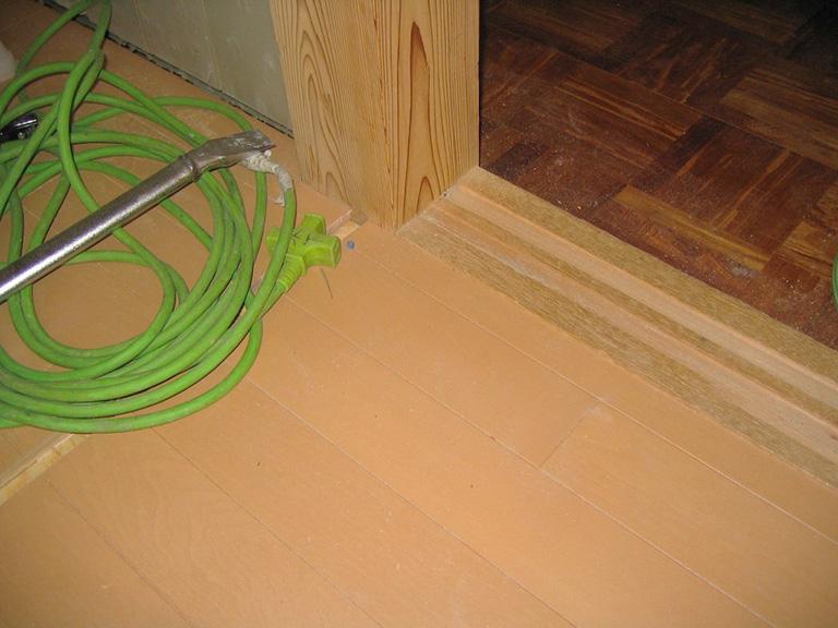畳をフローリングに改装