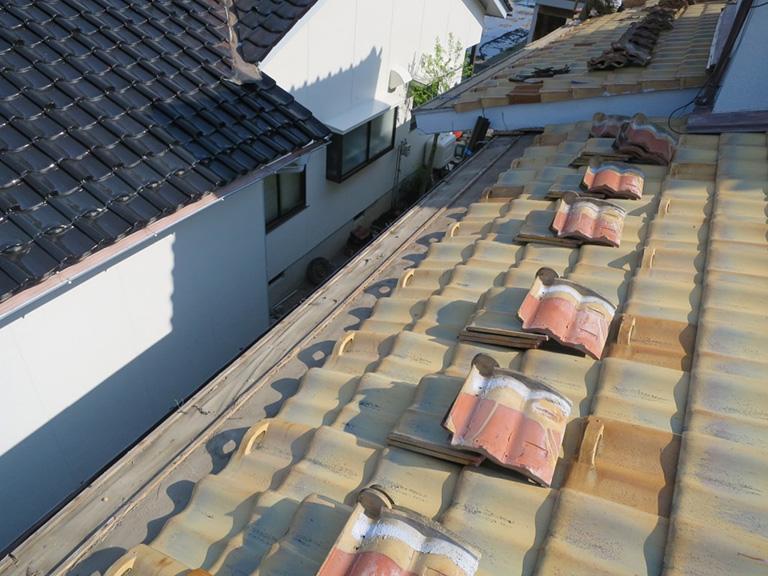 雨樋と吊り金具取り替え工事