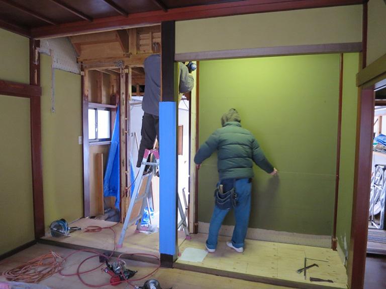 床の間を収納に改装
