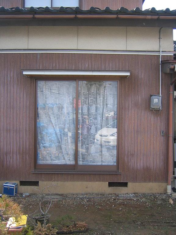 部屋を玄関にリフォームする工事