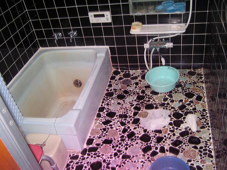 浴槽とタイルのリフォーム工事